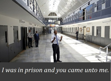 Obama visits a federal prison in Oklahoma