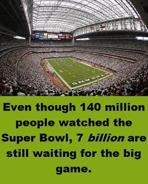 crowd-at-superbowl-with-words-2